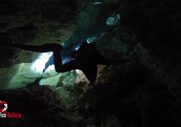 Tauch in Cenote DOS OJOS - THE PIT in Mexiko
